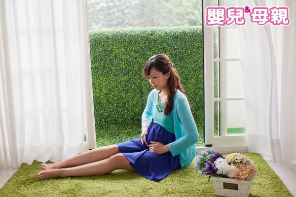 懷孕中期常見腹痛原因為胎動以及恥骨疼痛