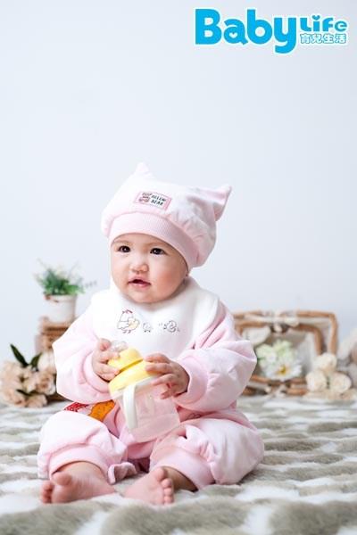 寶寶晚上不睡覺,一直哭,是家長們最痛苦的問題。
